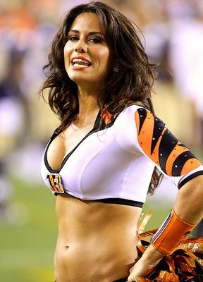 Bengals-ben-gals-cheerleaders01_display_image_medium