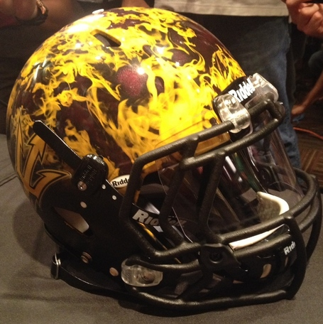 Helmet_4_medium