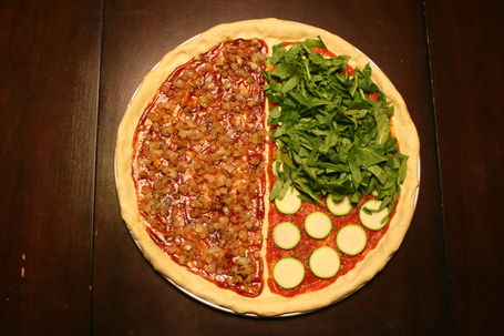 7_pizza_with_under_toppings_medium