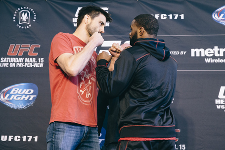 001_carlos_condit_and_tyron_woodley_medium