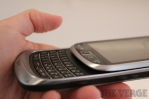 BlackBerry Torch 9810 performance 2