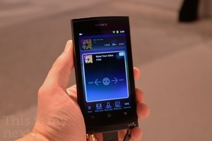 Sony-walkman-011-top_medium