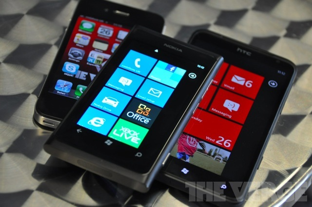 Nokia Lumia 800 vs. iPhone 4S vs. HTC Titan