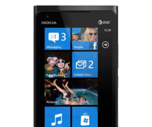 Nokia Lumia 900 &quot;Ace&quot; Image Leak