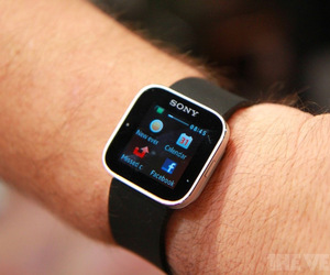 Gallery Photo: Sony Smart Watch (aka Sony Ericsson LiveView 2) hands-on pictures