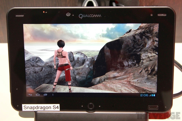 Gallery Photo:  Snapdragon S4 Liquid Mobile Development Platform hands-on pictures