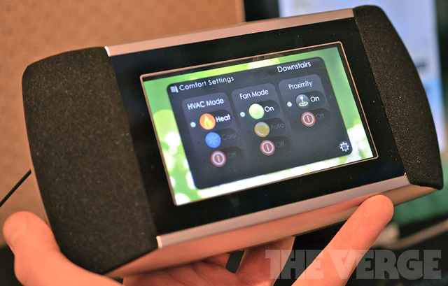 Gallery Photo: Allure's EverSense touchscreen thermostat (hands-on images)