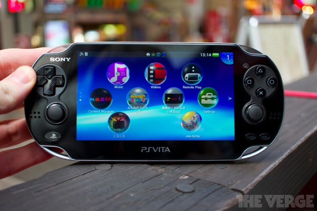 PS Vita stock os outdoors 900