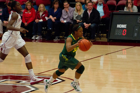 Oregon Ducks point guard Nia Jackson had a down year statistically after recovering from two knee injuries her junior year, but she showed the she is still difficult to keep up with in the open court. Photo by Shannon Cotterell.
