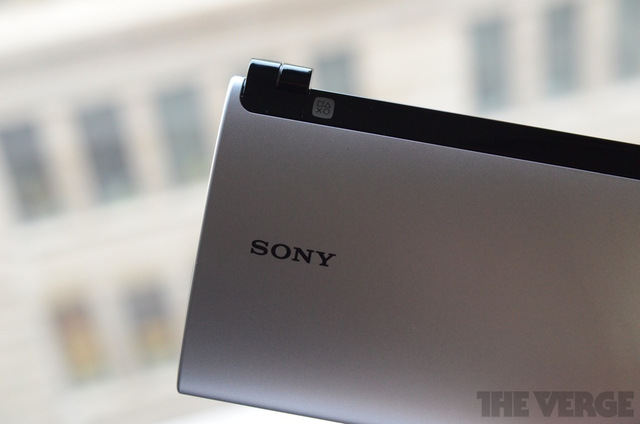 Gallery Photo: Sony Tablet P review pictures