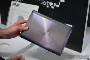 Gallery Photo: Asus Tranformer Pad Infinity Series and Transformer Pad 300 series pictures