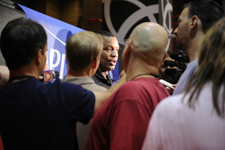 Coach Gentry talking to the beasts. (Photo by Max Simbron)
