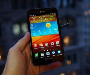Gallery Photo: Samsung Galaxy Note LTE for AT&T review pictures