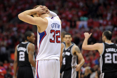 Spurs Win 18th in a Row, Sweep Clippers