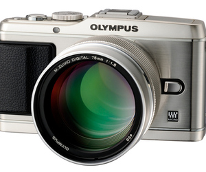 Olympus M.ZUIKO DIGITAL ED 75mm F1.8 lens on camera 1020x728