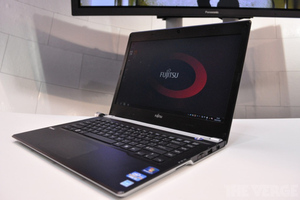 Gallery Photo: Fujitsu Lifebook UH572 ultrabook hands-on photos