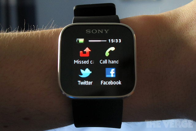 Gallery Photo: Sony SmartWatch Review images