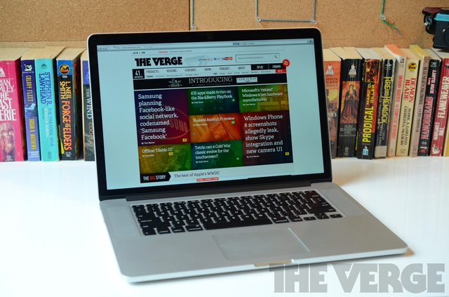 MacBook Pro with Retina display hero (1024px)