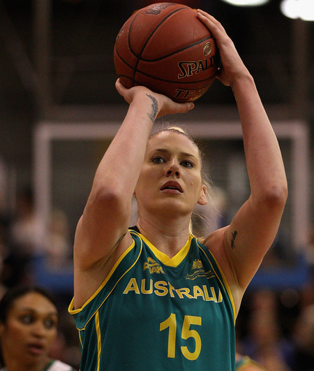 MELBOURNE, AUSTRALIA - JUNE 26:  Lauren Jackson of Australia shoots during the second match between the Australian Opals and Brazil at Benidgo Basketball Stadium on June 26, 2012 in Melbourne, Australia.  (Photo by Quinn Rooney/Getty Images)