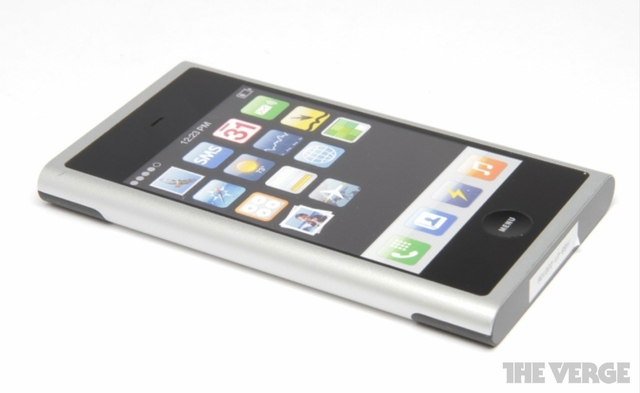 Gallery Photo: Apple iPhone Prototype Photos