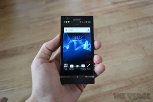 Gallery Photo: Xperia P hands-on images