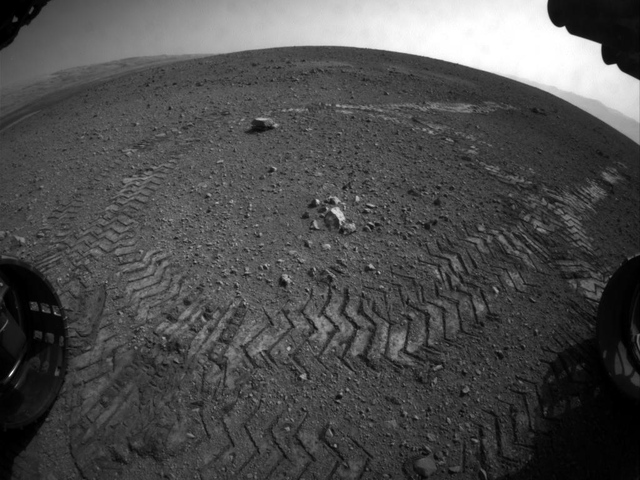 Mars Rover Tracks Close
