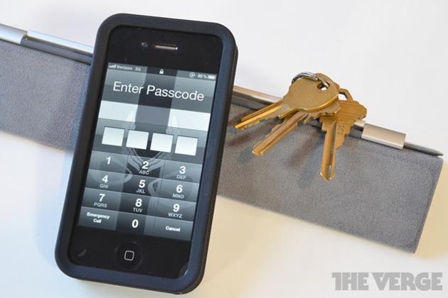iPhone PIN code unlock