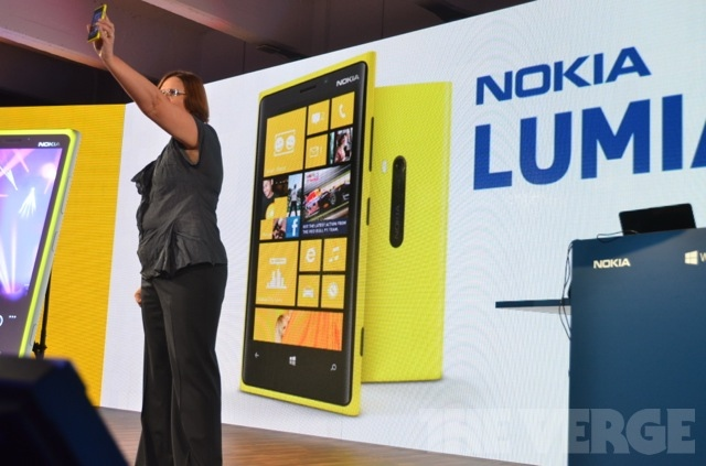Gallery Photo: Nokia Lumia 920 pictures