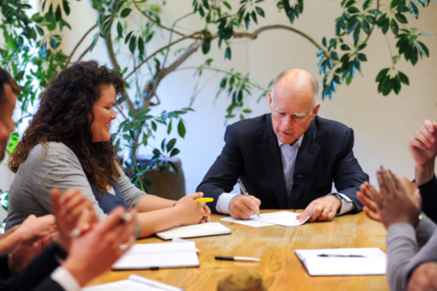 governor jerry brown (official)
