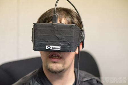 Sean Hollister Oculus Rift STOCK