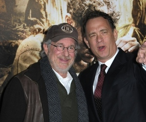 spielberg hanks (shutterstock)