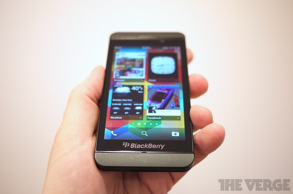 Gallery Photo: BlackBerry Z10 hands-on photos