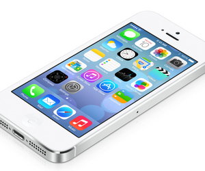 iphone 5 ios7 (from apple)