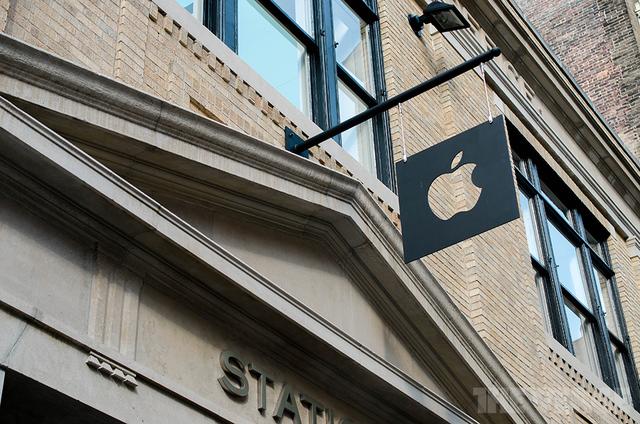 苹果2013秋季产品发布会:到本月底预计共售出7亿台iOS设备