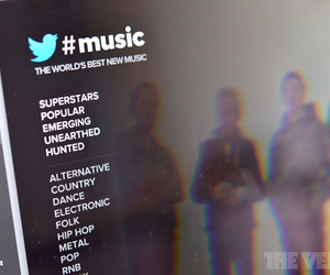 Twitter #Music Spotify app (STOCK)