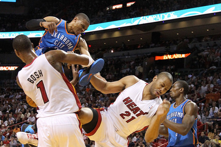 dwyane wade dunking on kendrick perkins. Dwyane Wade has a killer dunk