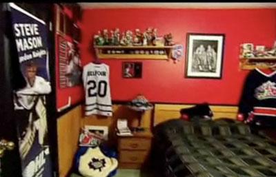 Blackhawks room chicago blackhawks blackhawks bedrooms for Chicago blackhawk bedroom ideas