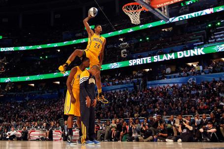 Paul_george_sprite_slam_dunk_contest_mjtrbwor6djl_medium