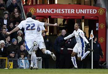 438945-manchester-united-v-leeds-united