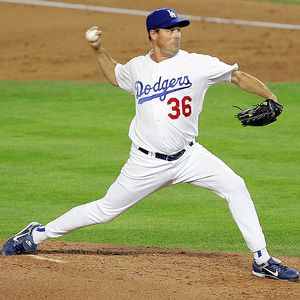 Mlb_u_gmaddux1_300_medium