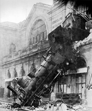 300px-train_wreck_at_montparnasse_1895_medium