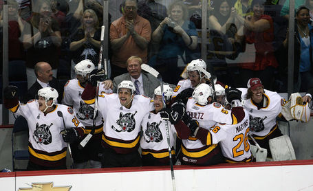 Calder_cup_wilkes_barrel_scranton_penguins_bybk6sdxdjgl_medium