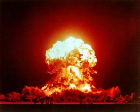 Atomic_20explosion_202_medium