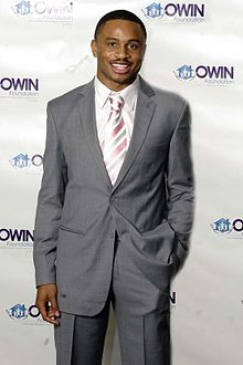 220px-mr_nnamdi_asomugha_medium