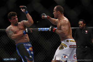 155_junior_dos_santos_vs_frank_mir_large_medium