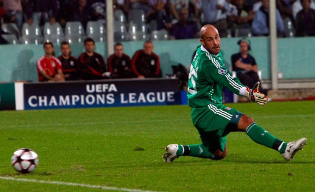 Liverpool-goalkeeper-Rein-004