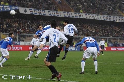 Nico Burdisso scores