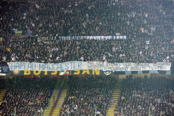 The Curva supports the squad