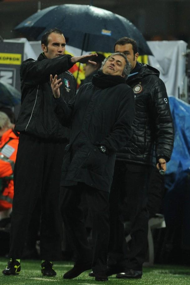 Mourinho at Inter v Fiorentina