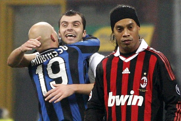Where is the stupid grin now, Dinho. JC +1!